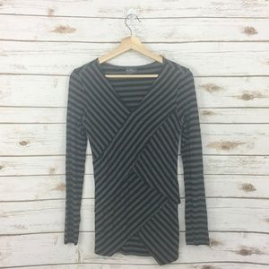 Market & Spruce Brentwood Jersey Knit Top Small?
